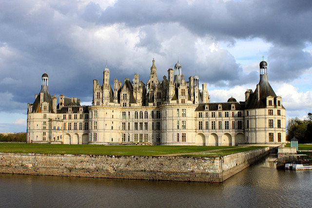Francis I's Château de Chambord. Henry VIII built Nonsuch Palace to rival it (Thomas Conte)