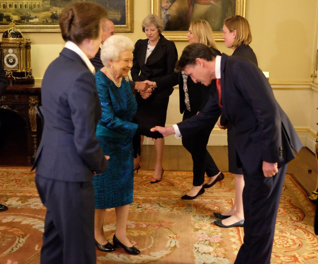 Princess Anne introduces to her mother, The Queen at a Team GB reception yesterday (@RoyalFamily)